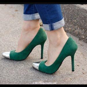 Mossimo Viveca Emerald Pumps